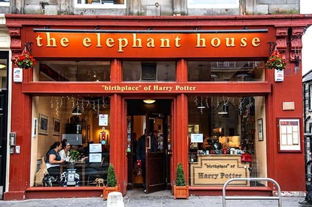 The front door of the restaurant Elephant House in Edinburgh